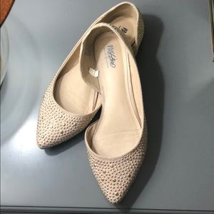 Shoes - Mossimo cream studded pointy toe flats